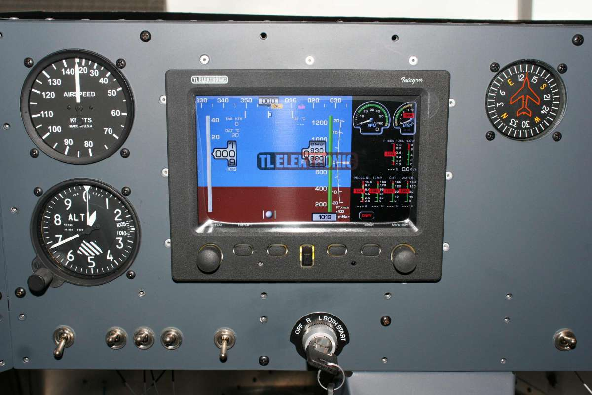 EFIS Powered Up